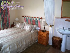 Grootdrink Accommodation | Grapevine Guesthouse